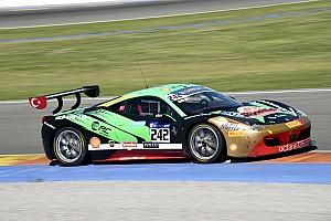 Ferrari Yarış raporu Atar ve Çuhadaroğlu, Valencia'dan iyi dereceler ile döndüler