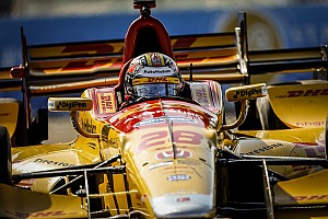 IndyCar Practice report St Pete IndyCar: Dixon fastest as Hunter-Reay suffers major shunt