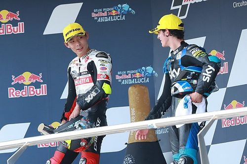 Norris: Prosecco to blame for Moto3 podium bottle smash fail?