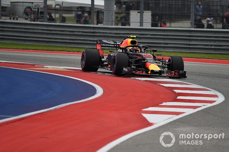 Newey stelt 'glibberige' kerbs voor, FIA niet enthousiast