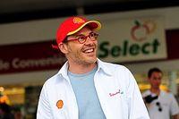 "Villeneuve critica ""constrangimento fácil"" da Mercedes e dispara contra erros ""constantes"" de Vettel"