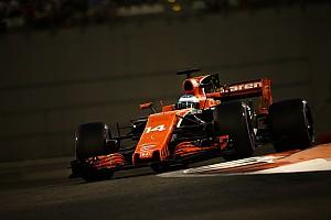 Nagyszerű hírek a McLarentől: passzol a Renault motorja az új autóhoz