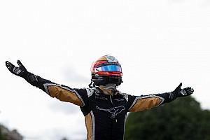 Formule E Raceverslag FE Parijs: Vergne wint thuisrace, chaos in de slotronde