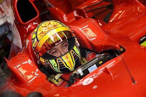 GALERÍA: Rossi a bordo del Ferrari F2008 de F1