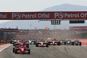Hamilton, Türkiye GP'yi övdü, katılım olmamasını eleştirdi