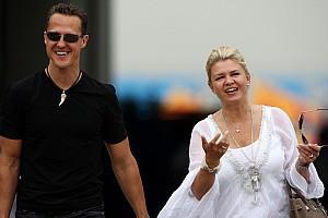 Corinna agradeció por una canción dedicada a Schumacher