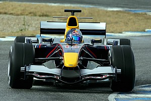 C'était un 15 novembre : Red Bull rachète Jaguar