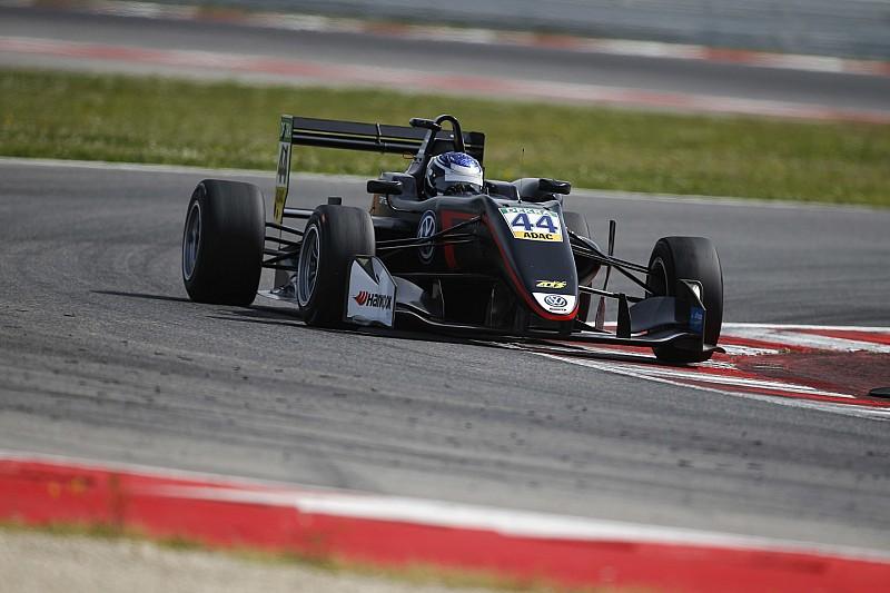 Випс одержал первую победу в карьере в Ф3 после большой аварии на старте