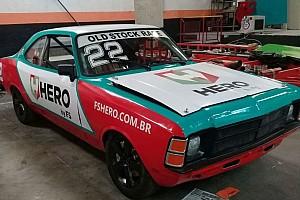 Primeiro campeão da Stock Car corre com filho em Interlagos