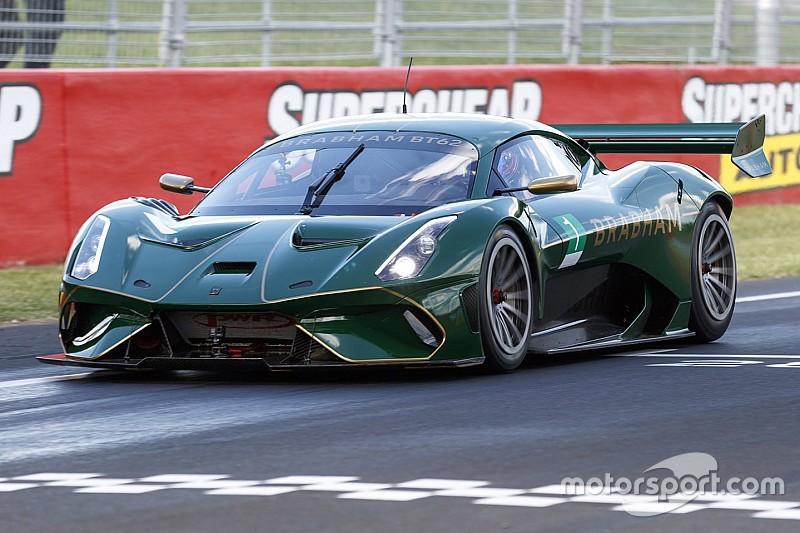Brabham smashes Bathurst lap record