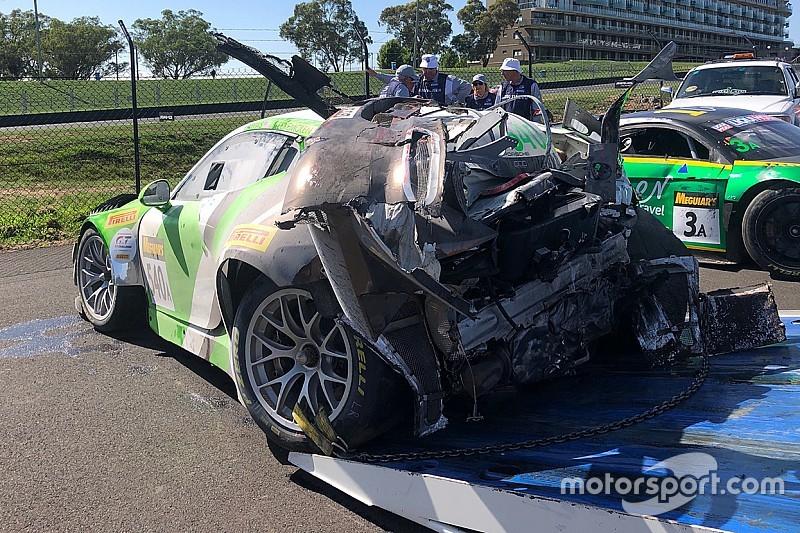 Bathurst: la Porsche della Black Swan sbatte e va in fiamme, Tim Pappas in ospedale