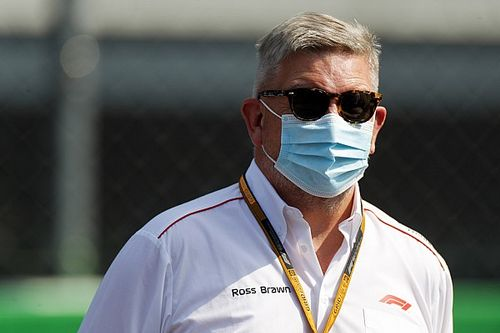 """Brawn: """"A prioridade da Ferrari deve ser o carro de 2022"""""""