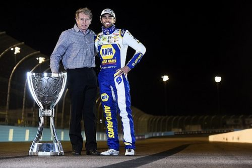 Chase Elliott joins his dad in SRX Series finale at Nashville
