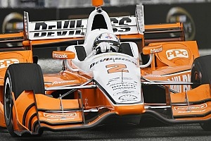 IndyCar Relato da corrida Newgarden supera Rossi e vence em Toronto; Castroneves é 8º