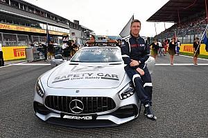 Formule 1 Special feature Werken in de Formule 1 als... Bestuurder van de safety car