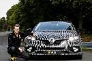 Auto La nouvelle Renault Mégane R.S. fait le buzz à Monaco