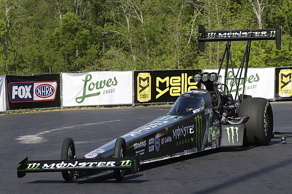 NHRA B. Force, C. Force and Enders lead qualifying friday at New England Nationals