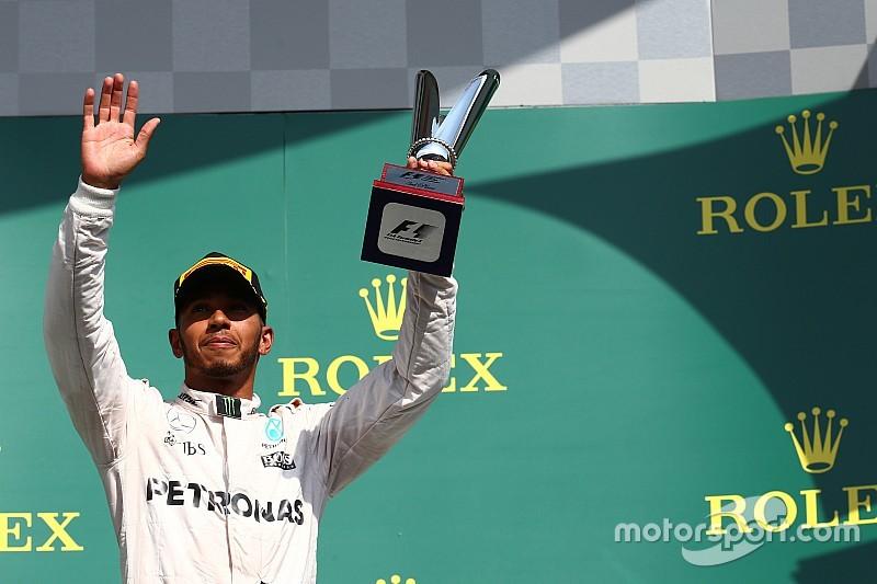 """هاميلتون يفوز بجائزة """"سائق اليوم"""" للمرة الأولى عن سباق بلجيكا"""