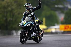 Moto3 Verslag vrije training Derde training Le Mans begint nat en eindigt droog: P1 Bulega