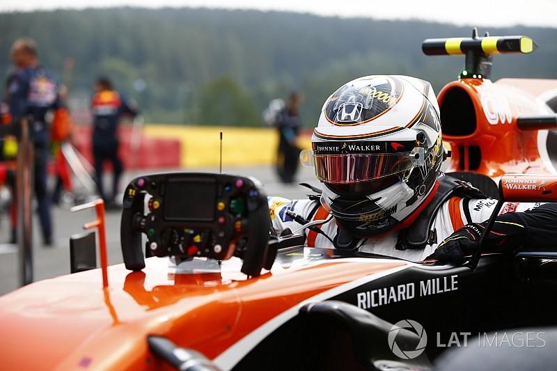 La columna de Vandoorne: Trabajo de equipo y rebufo para Alonso