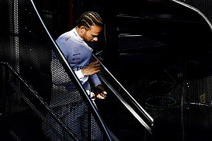 Hamilton több kg izmot szedett fel az új szezonra, de nem árulja el a titkát…