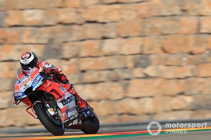 Aragon MotogGP: Lorenzo pole'de, Rossi 18.!