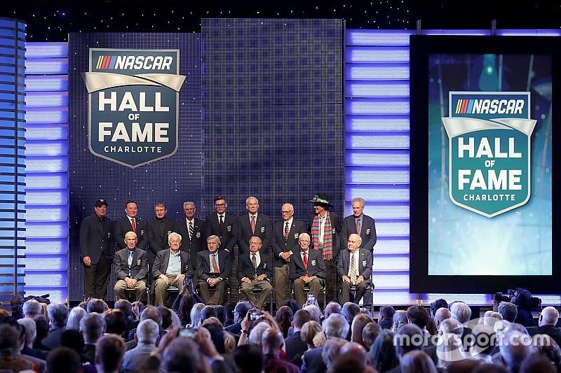 El Salón de la Fama de NASCAR ya tiene a sus cinco nuevos miembros