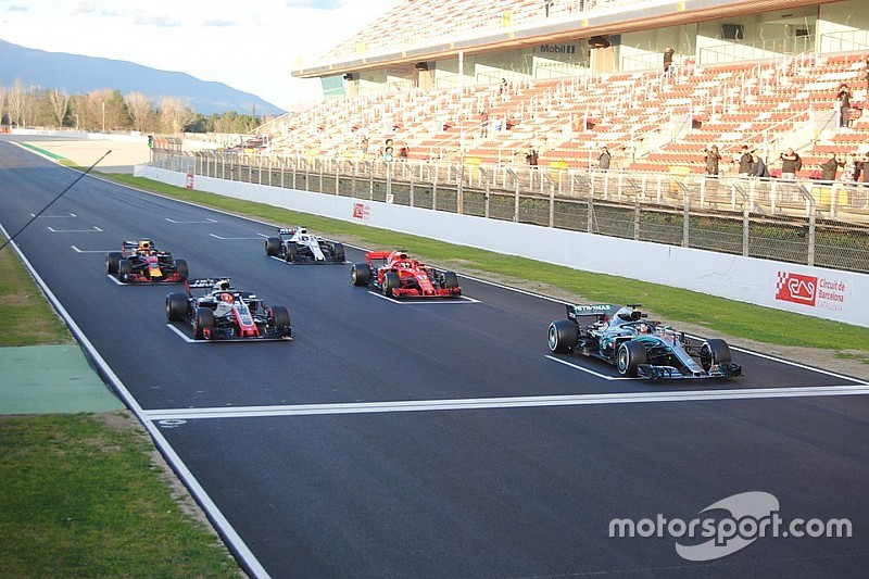 Formula 1 zëvendëson vajzat me fëmijë