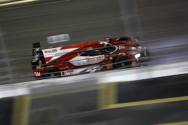 24 Ore di Daytona, 14° ora: Conway si porta in testa. Penske perde una vettura