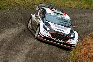 WRC Etappenbericht WRC Großbritannien: Evans wird am Freitag Favoritenrolle gerecht