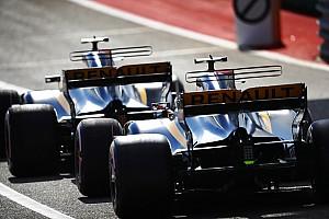 Forma-1 Motorsport.com hírek Árt az F1-nek, hogy a Mercedes ilyen agresszív a munkaerő terén