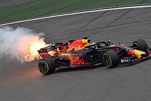 Formula 1 I più cliccati Fotogallery: la rottura del turbo sulla RB14 di Ricciardo nelle Libere 3