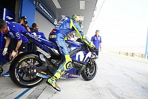 """Rossi: """"Viñales puede probar las piezas que quiera"""""""