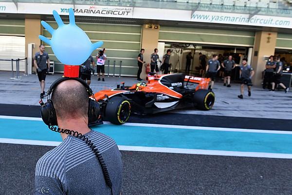 Формула 1 Галерея: другий день шинних тестів в Абу-Дабі
