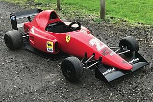 Autó Motorsport.com hírek  3 millióért Nigel Mansell egykori Ferrariját hajthatja a gyerek