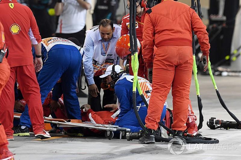 Механік Ferrari зламав ногу в інциденті на піт-стопі