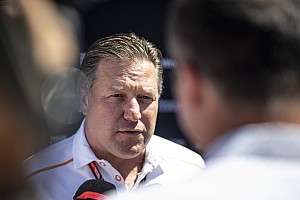 McLaren : Zak Brown évoque sa gestion, Norris et Vandoorne