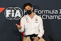 "Wolff: F1 may need to be ""adaptive"" amid second COVID wave"