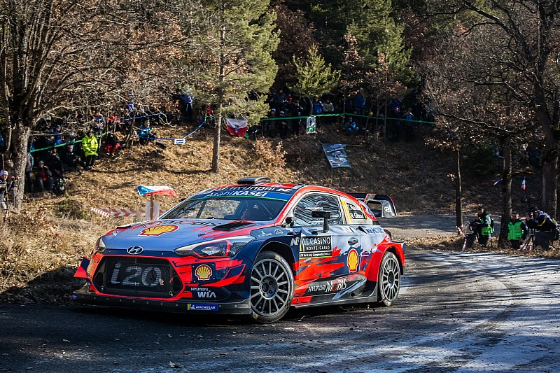 Monte Carlo WRC: Neuville moves into the lead