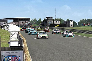 模拟赛车 比赛报告 模拟房车锦标赛SRTCC2016第4站英国Thruxton赛后报道