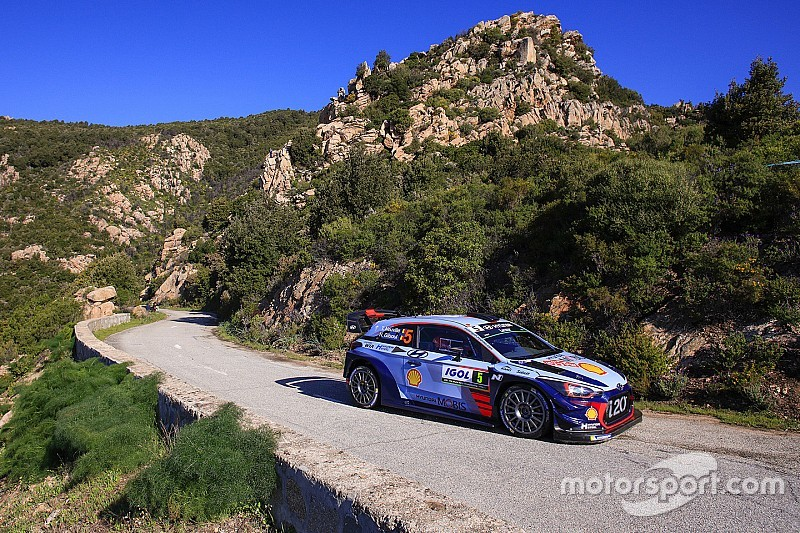 ES7 & 8 - Ogier retardé, Neuville leader confortable