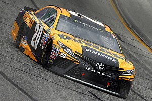 NASCAR Cup Breaking news Matt Kenseth found plenty of speed Sunday - on pit road