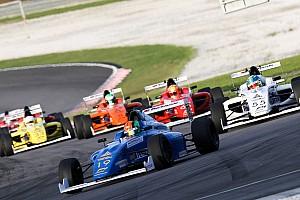 Formule 4 Nieuws Bizar! Geen enkele auto finisht tijdens F4-race op Sepang