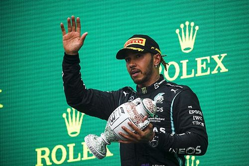 """Hamilton suffering from """"dizziness and fatigue"""" after F1 Hungarian GP"""