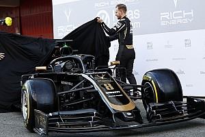 У Pirelli пояснили, чому нові шини блищать
