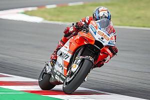 MotoGP Verslag vrije training Lorenzo snelste op vrijdag in Barcelona, crash Marquez