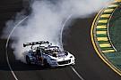 Forma-1 Óriási csapatás az ausztrál F1-es pályán: Ricciardo az anyósülésen