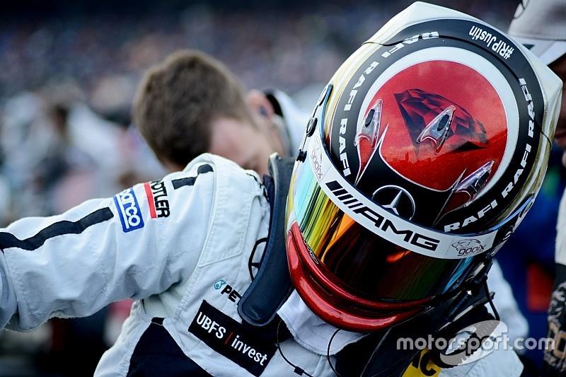 Верляйн представил новый дизайн шлема