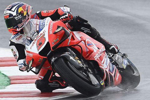Zarco lidera una complicada FP1 en Misano; Quartararo, 18º