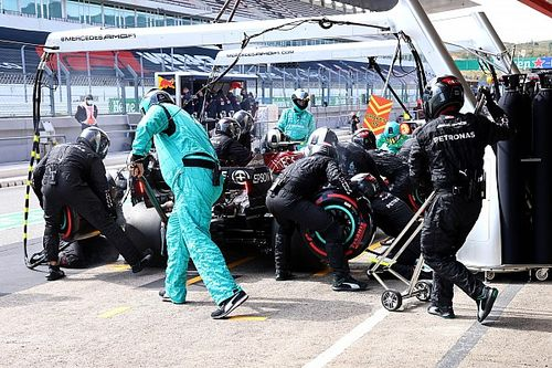 Verstappen: gente de Mercedes se nos une por nuevos retos